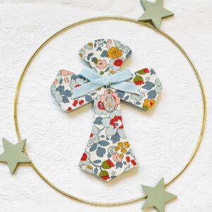 croix Joséphine Betsy porcelaine